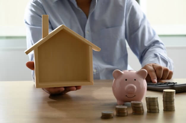 should you consolidate your debt with a reverse mortgage